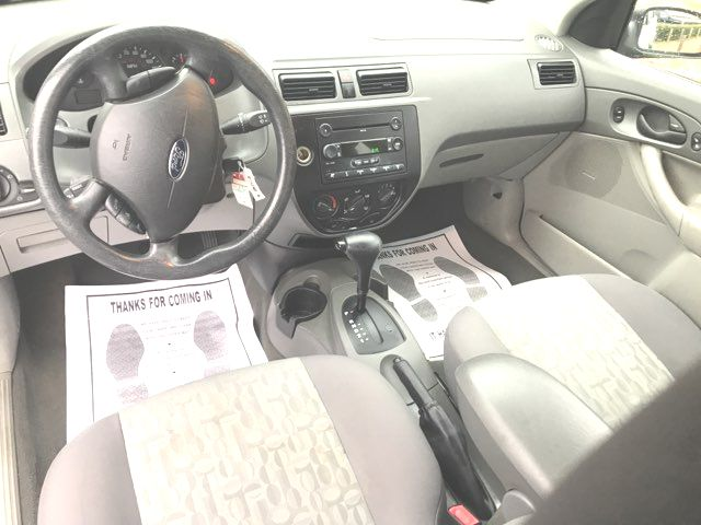 2005 Ford Focus ZXW SE Knoxville, Tennessee 8
