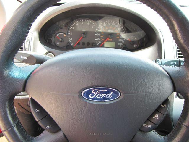 2005 Ford Focus S in Medina, OHIO 44256