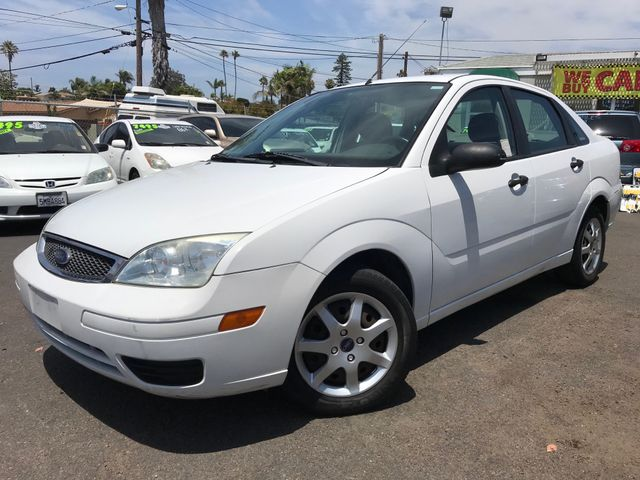 2005 Ford Focus ZX4 SE