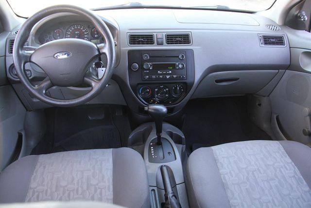 2005 Ford Focus S Santa Clarita, CA 7