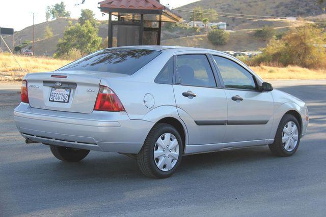 2005 Ford Focus S Santa Clarita, CA 6