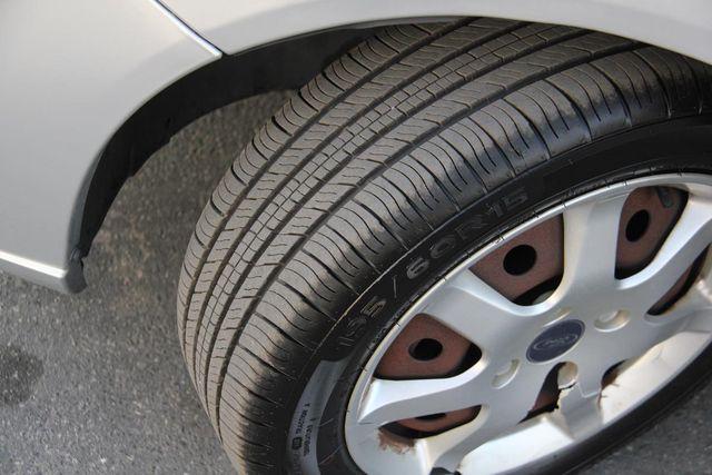 2005 Ford Focus SE Santa Clarita, CA 23