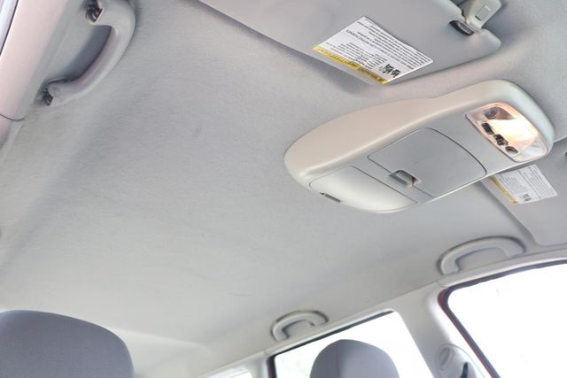2005 Ford Focus SE WAGON Santa Clarita, CA 27