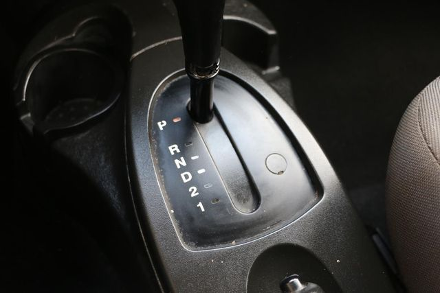2005 Ford Focus SES Santa Clarita, CA 19