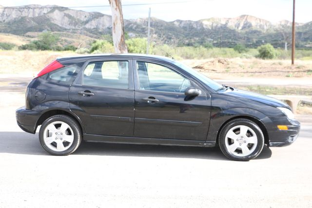 2005 Ford Focus SES Santa Clarita, CA 10