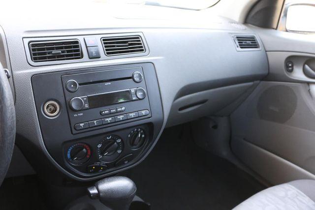 2005 Ford Focus SE Santa Clarita, CA 18