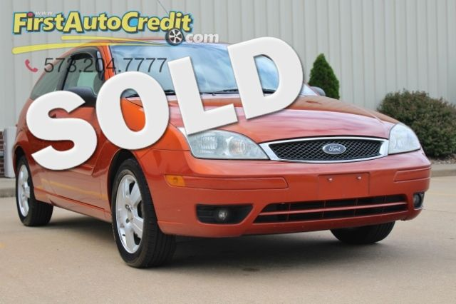 2005 Ford Focus ZX3 SES in Jackson MO, 63755