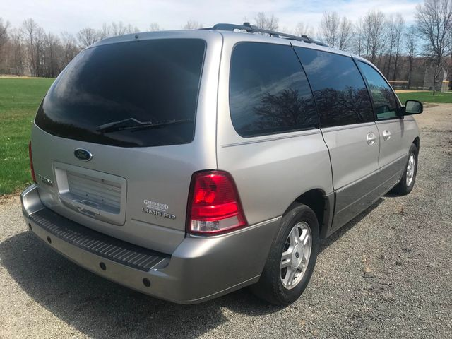 2005 Ford Freestar Wagon Limited Ravenna, Ohio 3