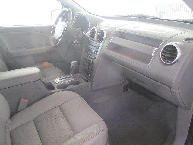 2005 Ford Freestyle SEL Gardena, California 8