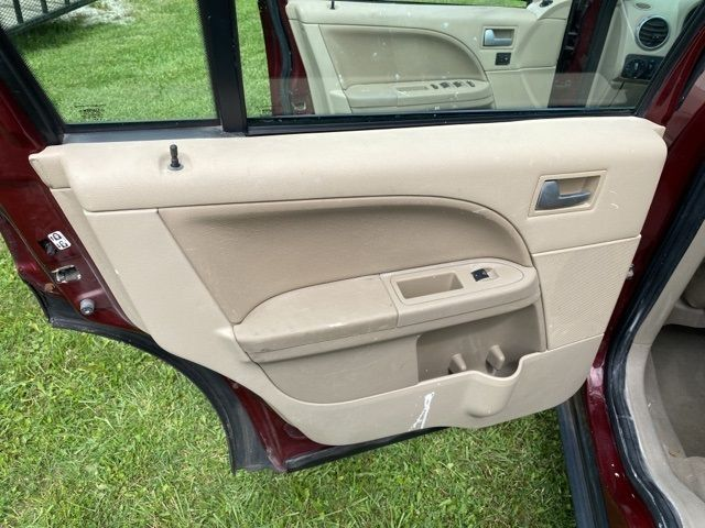 2005 Ford Freestyle Limited in Medina, OHIO 44256
