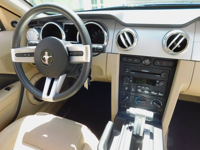 2005 Ford Mustang GT Auto, CD Player, Alloy Wheels, Only 88k in Dallas, Texas 75220
