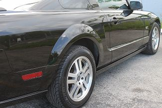 2005 Ford Mustang GT Deluxe Hollywood, Florida 5