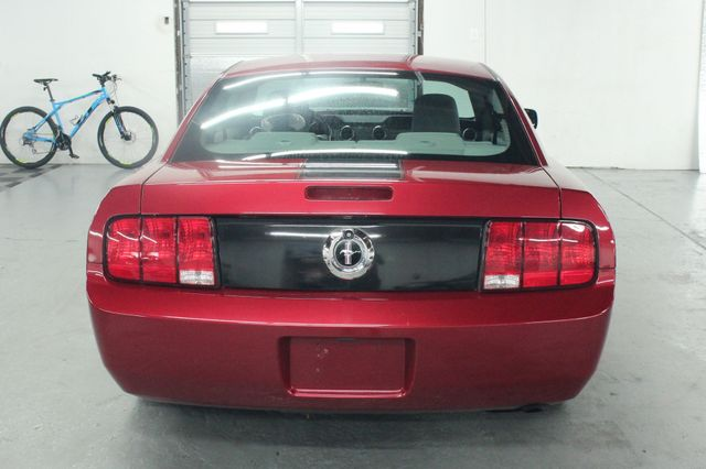 2005 Ford Mustang Deluxe Kensington, Maryland 3