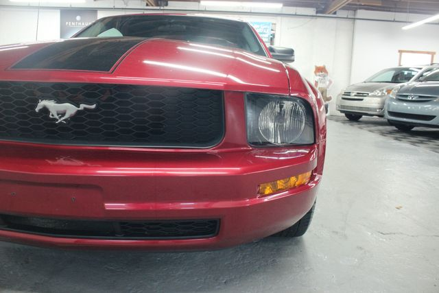 2005 Ford Mustang Deluxe Kensington, Maryland 79