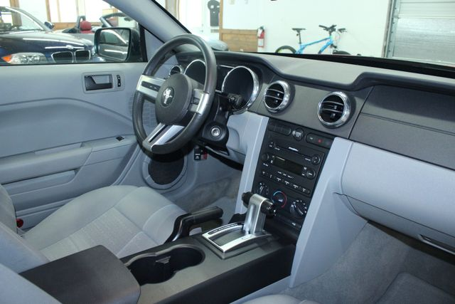 2005 Ford Mustang Deluxe Kensington, Maryland 47