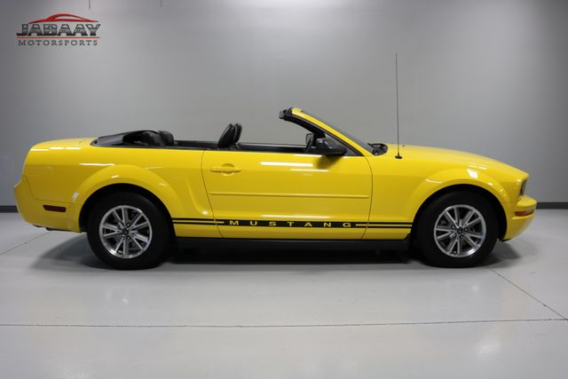 2005 Ford Mustang Premium Merrillville, Indiana 5
