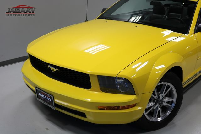 2005 Ford Mustang Premium Merrillville, Indiana 28