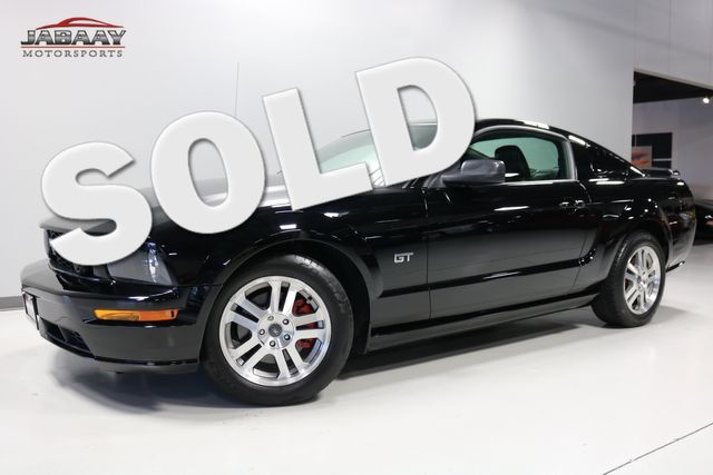 2005 Ford Mustang GT Premium Merrillville, Indiana 0