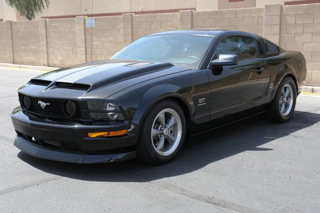 2005 Ford Mustang GT Deluxe Phoenix, AZ 10