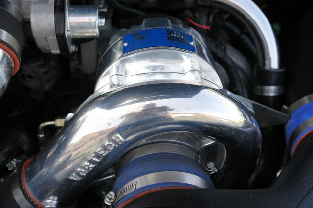 2005 Ford Mustang GT Deluxe Phoenix, AZ 14