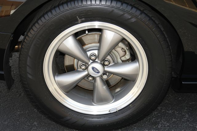 2005 Ford Mustang GT Deluxe Phoenix, AZ 33