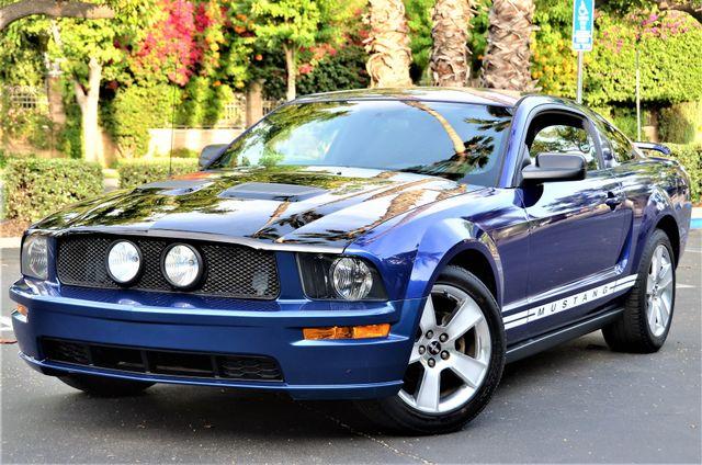 2005 Ford Mustang Deluxe Reseda, CA 13