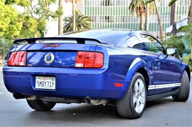 2005 Ford Mustang Deluxe Reseda, CA 6