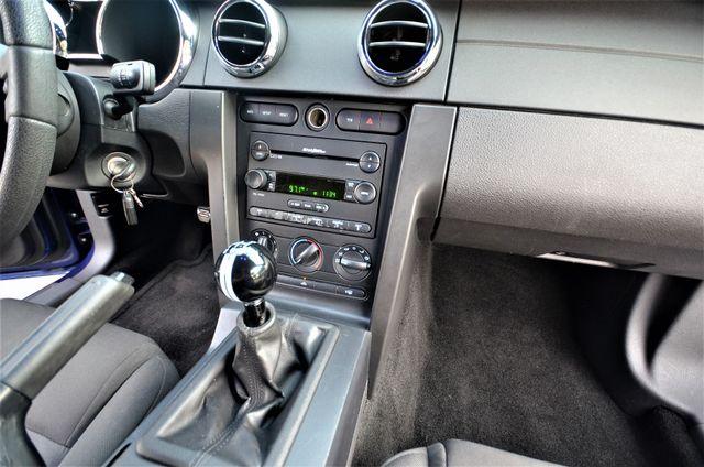 2005 Ford Mustang Deluxe Reseda, CA 35