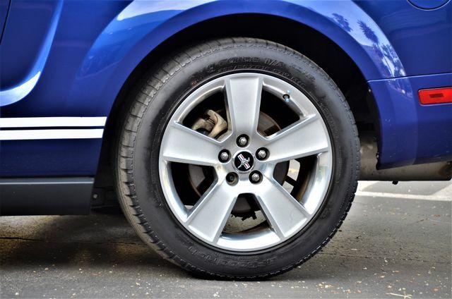 2005 Ford Mustang Deluxe Reseda, CA 16