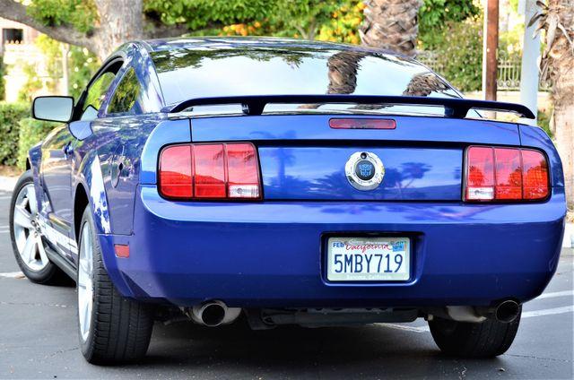 2005 Ford Mustang Deluxe Reseda, CA 17