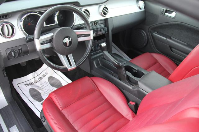 2005 Ford Mustang Premium Santa Clarita, CA 7