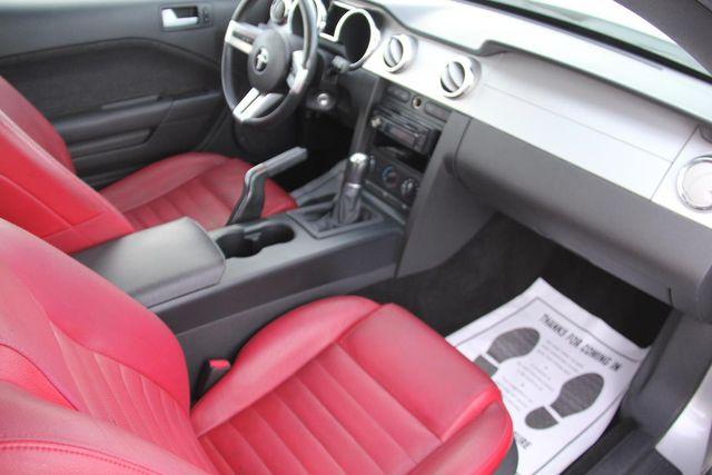 2005 Ford Mustang Premium Santa Clarita, CA 8