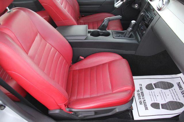 2005 Ford Mustang Premium Santa Clarita, CA 13