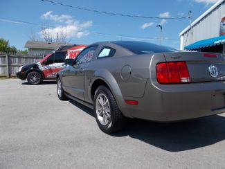 2005 Ford Mustang Premium Shelbyville, TN 3