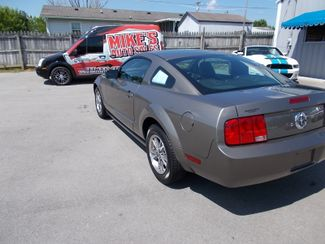 2005 Ford Mustang Premium Shelbyville, TN 4