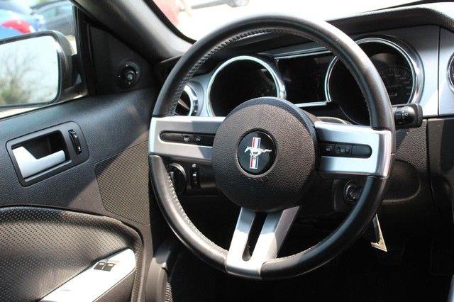 2005 Ford Mustang GT Premium St. Louis, Missouri 10