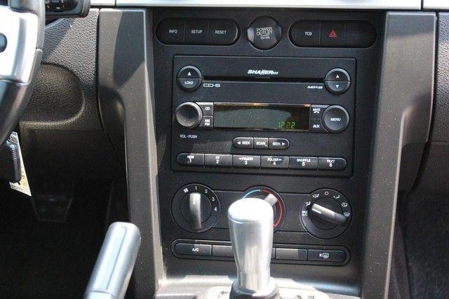 2005 Ford Mustang GT Premium St. Louis, Missouri 11