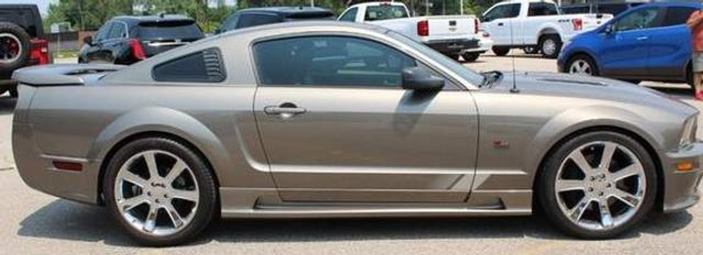2005 Ford Mustang GT Premium St. Louis, Missouri 3