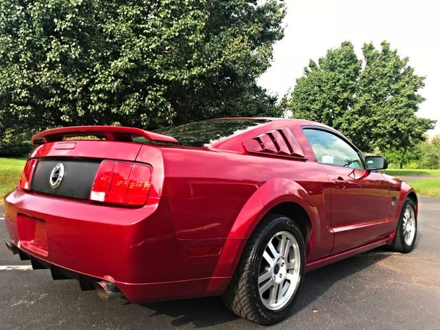 2005 Ford MUSTANG GT in Sterling, VA 20166