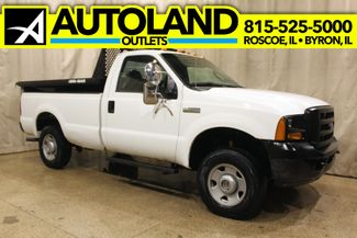 2005 Ford Super Duty F-250 dump box 4x4 XL in Roscoe, IL 61073