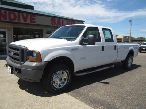 2005 Ford Super Duty F-250 XL in Glendive, MT
