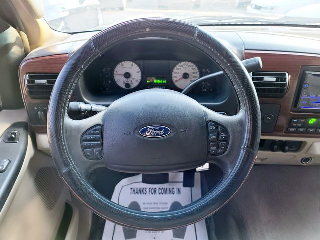 2005 Ford Super Duty F-250 Lariat 4WD 6.0L V8 TDSL Leather/FX4 in Louisville, TN 37777