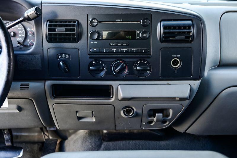 2005 Ford Super Duty F-250 6.0L V8 POWER STROKE TURBO DIESEL 4X4 XL NICE in Rowlett, Texas