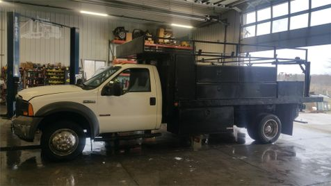 2005 Ford Super Duty F-550 DRW XL in , Ohio