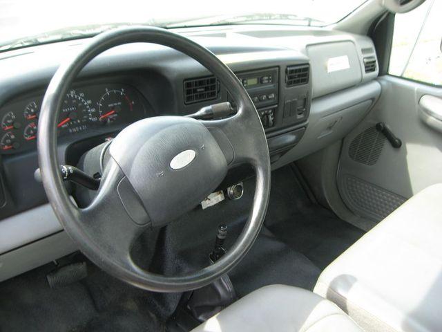2005 Ford Super Duty F-750 Straight Frame XL Richmond, Virginia 6