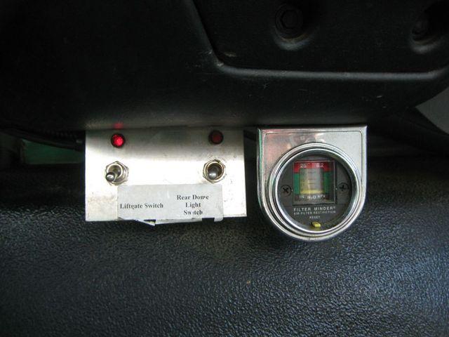 2005 Ford Super Duty F-750 Straight Frame XL Richmond, Virginia 8