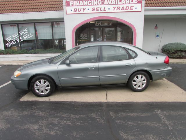 2005 Ford Taurus SEL *SOLD