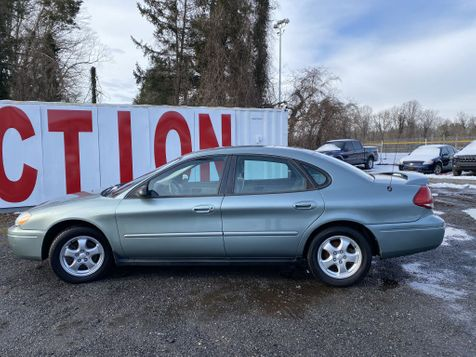 2005 Ford Taurus SE in Harwood, MD