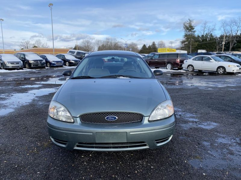 2005 Ford Taurus SE  city MD  South County Public Auto Auction  in Harwood, MD