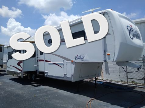 2005 Forest River Cardinal 33LX in Clearwater, Florida